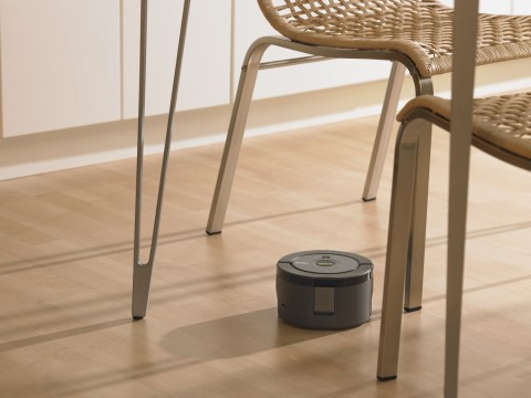 Tiny iRobot Scooba 230