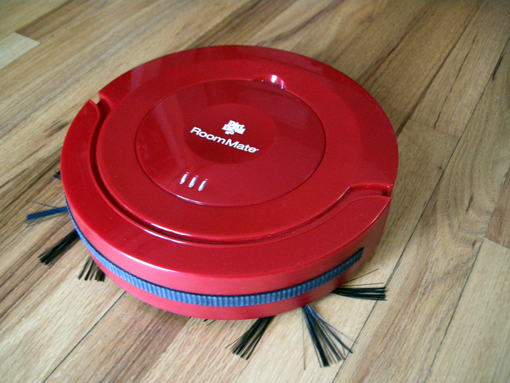 The Dirt Devil Roommate Robot Vacuum Does The Job Robot